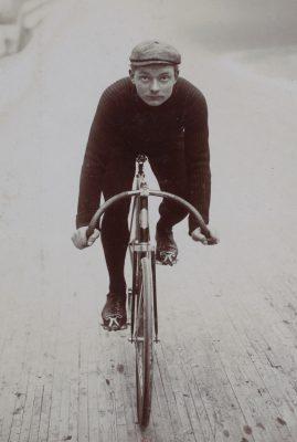 [Collection Jules Beau. Photographie sportive] : T. 31. Années 1905 et 1906 / Jules Beau
